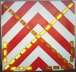 Светодиодный складной дорожный знак на щите - Фото 1