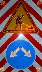 Временный светодиодный дорожный знак комбинированный - Фото 1